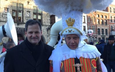 Colombian Ambassador H.E. Sergio Jaramillo Caro and his wife visited the Carnaval festivities of Binche